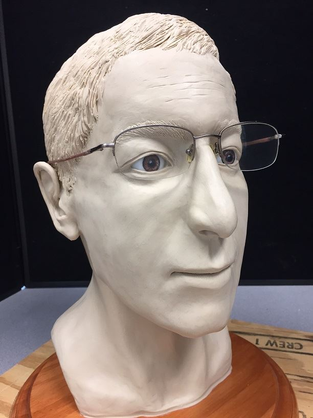 A clay reconstruction of a man&#39s head.